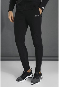 Black Man Active Lightweight Plain Track Pant