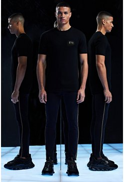 Mens Black Premium T-Shirt With Badge