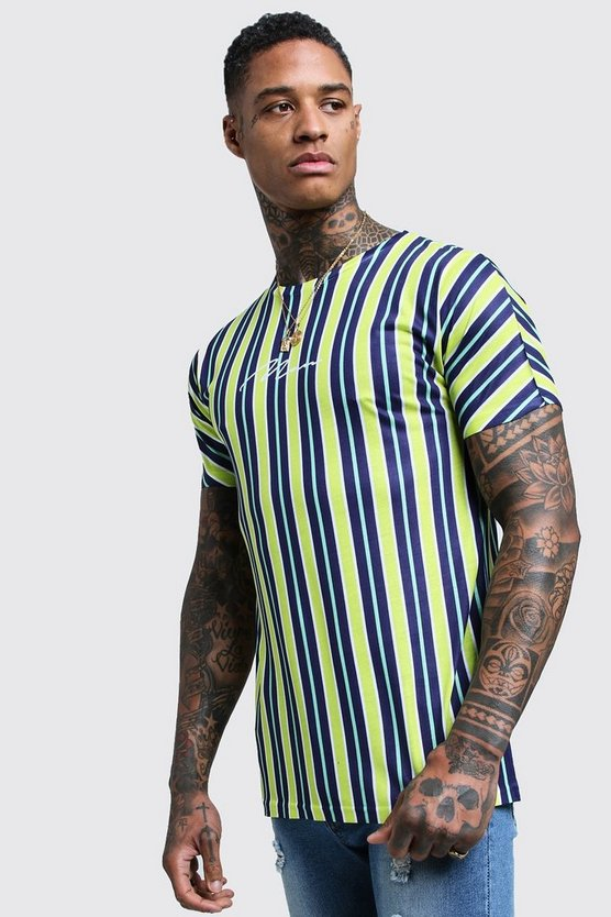 MAN Signature Stripe Printed T-Shirt