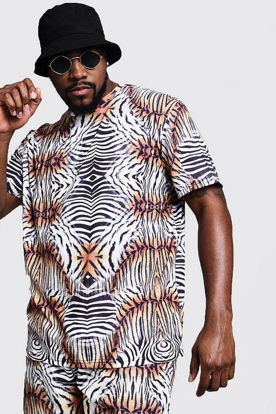 Mens White Big & Tall Animal Print T-Shirt