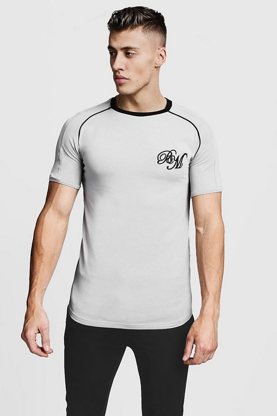 Muscle Fit Raglan BM Curved Hem Tee With Piping