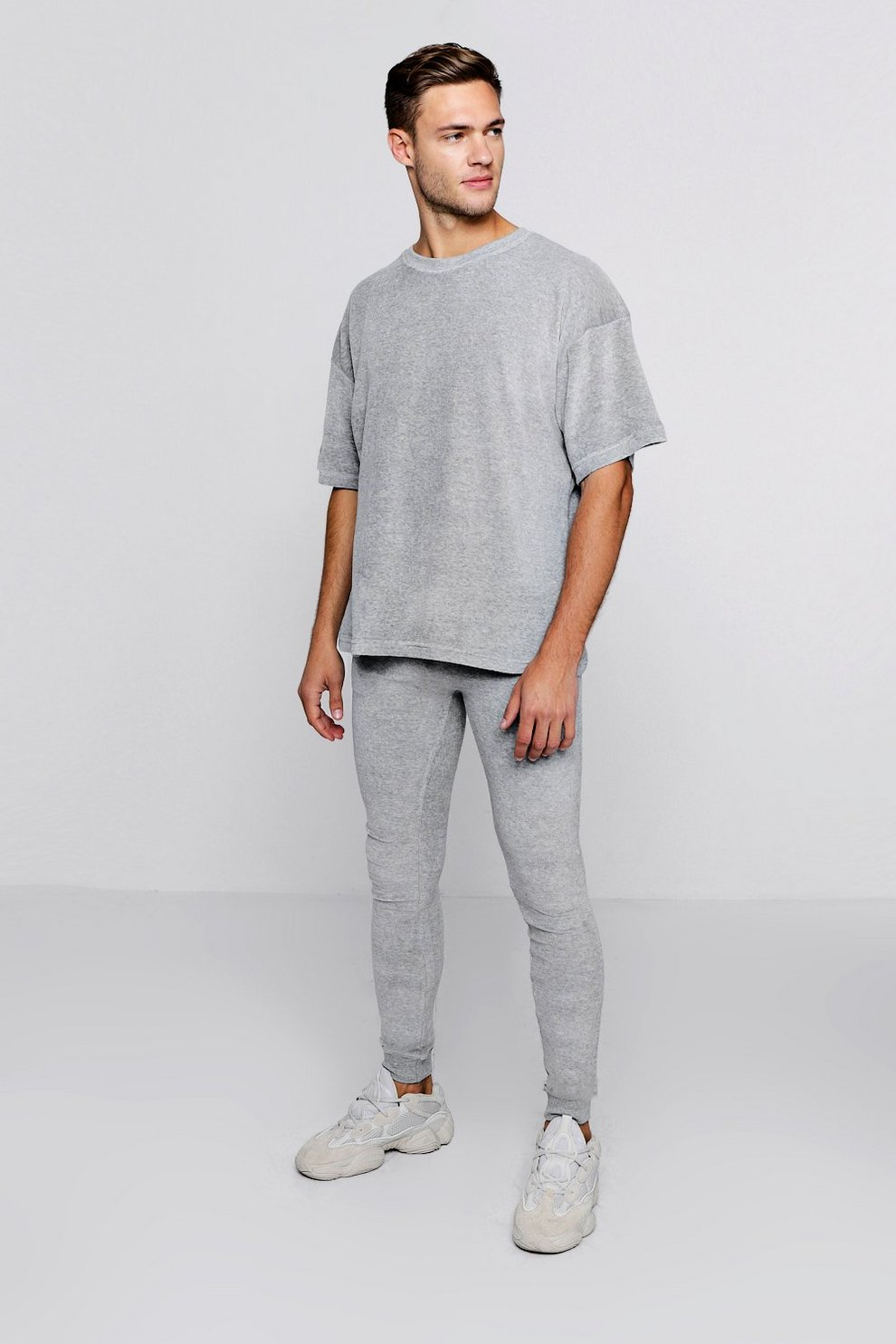 be467d3a3471 Oversized Velour T-Shirt   Jogger Set - boohooMAN