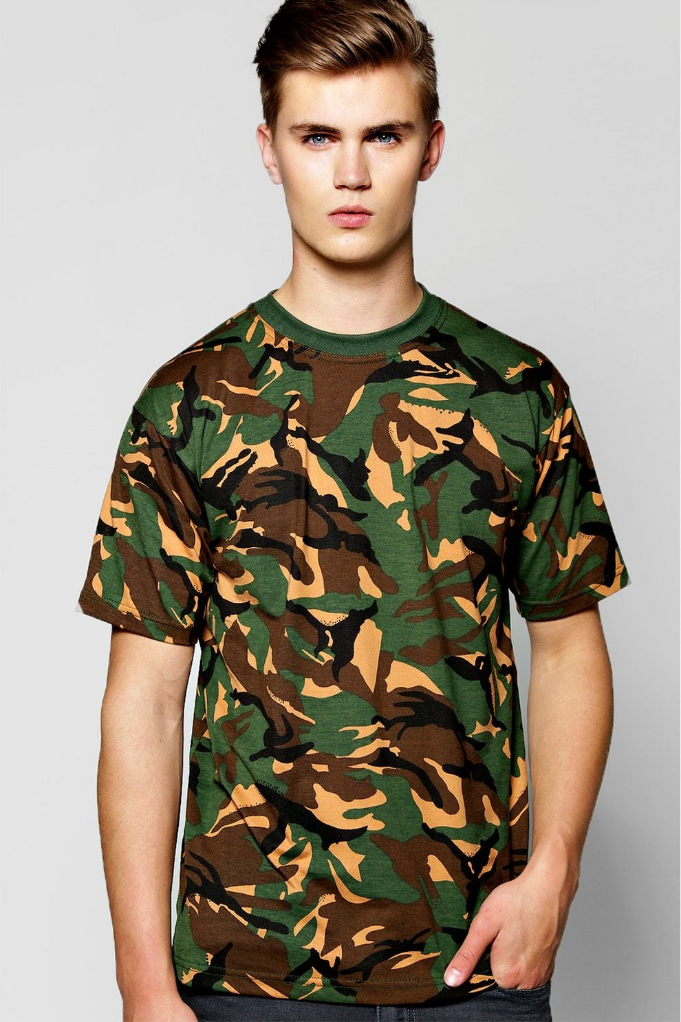 db9cb540 Loose Fit Camo Print T-Shirt - boohooMAN